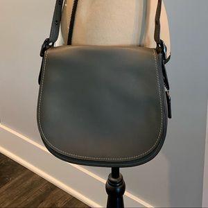 EUC 🤩♥️ Coach 1941 Glovetanned Leather Saddle Bag
